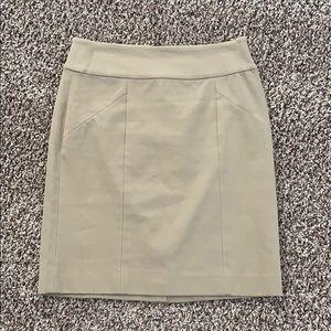 Size 2 Banana Republic pencil skirt